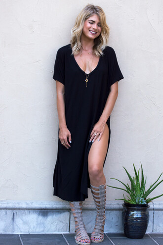 dress tunic dress tunic black dress black vneck dress v neck dress plunge v neck slit dress slit top cute cute dress style fashion trendy basic jewelry t-shirt dress