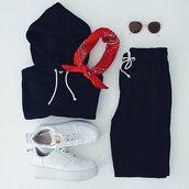 sweater,hoodie,black crop hoodie,drawstring,sweatpants,track pants,black,pants,sunglasses,brown and gold,round sunglasses,vintage