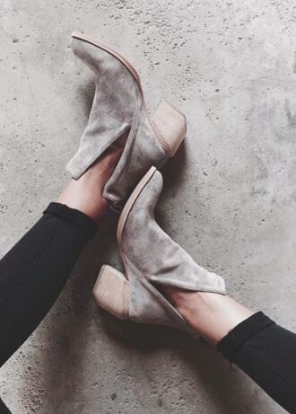 shoes boots cut-out grey suede suede boots cut out ankle boots mid heel boots booties suede shoes suede ankle boots