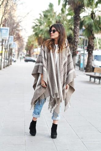 dulceida blogger poncho jeans shoes shirt