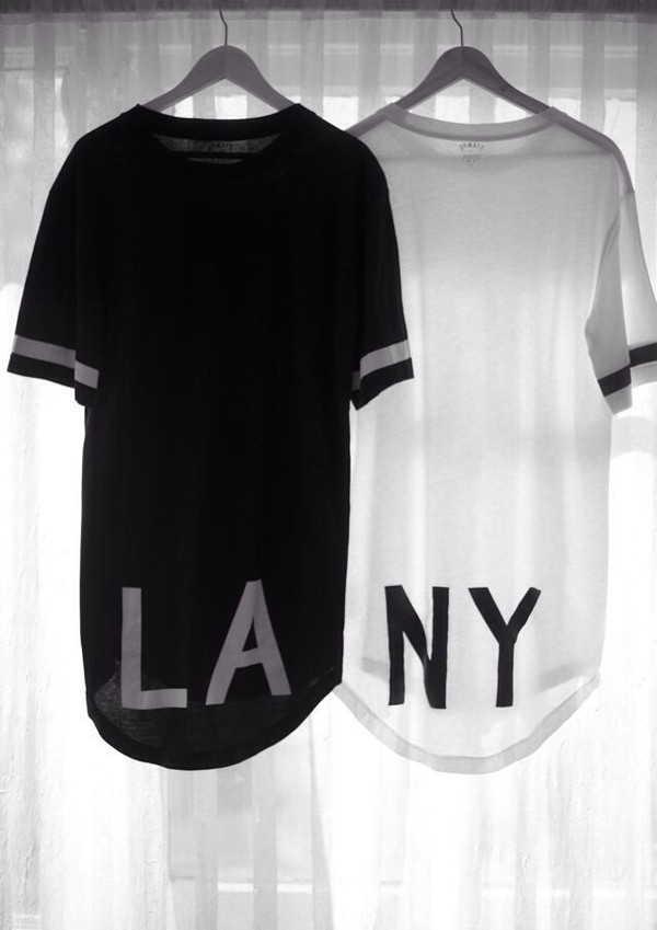 shirt black and white los angeles top new york city black white tank top t-shirt white new york city l.a. long shirt black and white shirt cool shirts la tumblr clothes tumblr shirt blouse new york city b&w high-low dresses cute la &ny shirt black and white los angeles matching shirts streetstyle black t-shirt white t-shirt oversized t-shirt style trendy long top new york city jersey dress urban