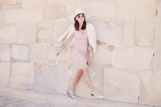 frassy blogger beige classy lace dress cream