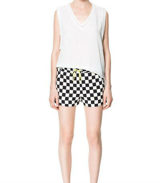Shorts: plaids, checkered shorts, chess, black and white shorts ...