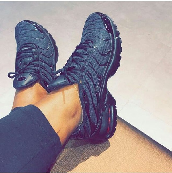 shoes nike athlete black sneakers fashion casual streetwear