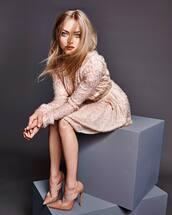 dress,pumps,nude,nude dress,editorial,amanda seyfried,fall dress,nude shoes,birthday dress,shoes