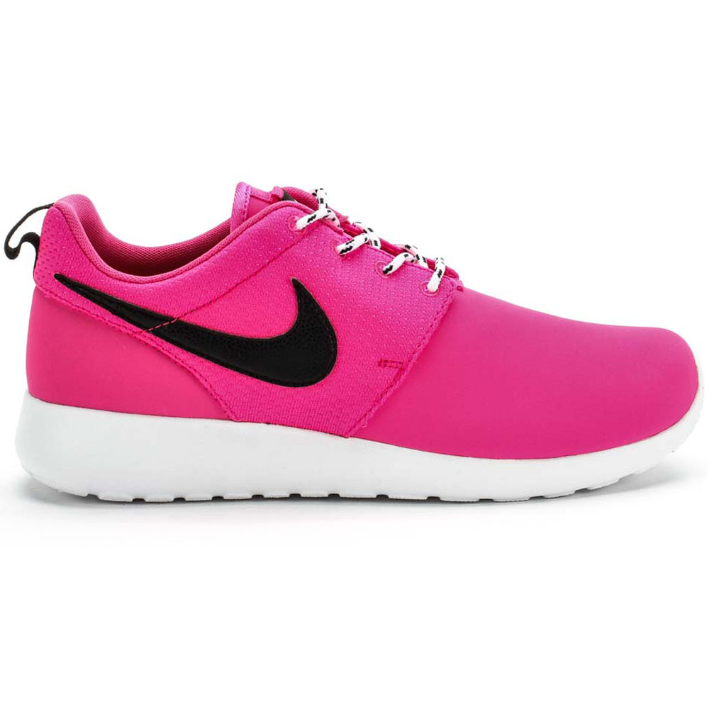 pink black roshe run