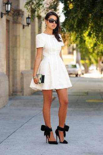 viva luxury dress jewels shoes bag sunglasses bows black shoes