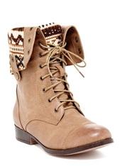 shoes,boots,beige,camel,indian,aztec