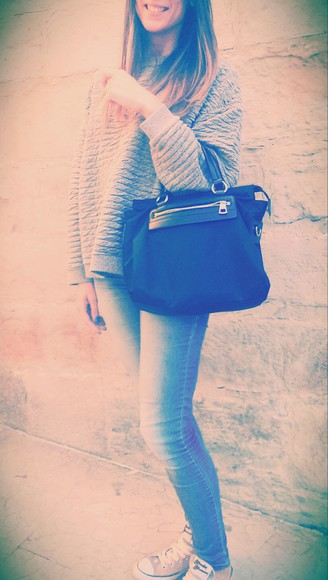 converse bag jeans bimba & lola leather belt accessories jumper outfits ootd converse all star zara trendy weekend bag