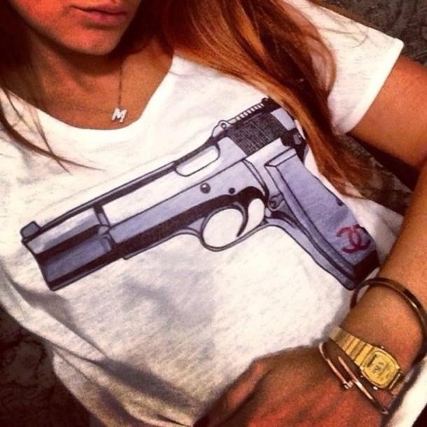 Coco glamour gun print t