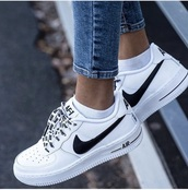 shoes,white sneakers,nike shoes,air max,white,black trim,nike air force 1,nike,nike air,af1,black and white,black,lace,nike air force,trainers