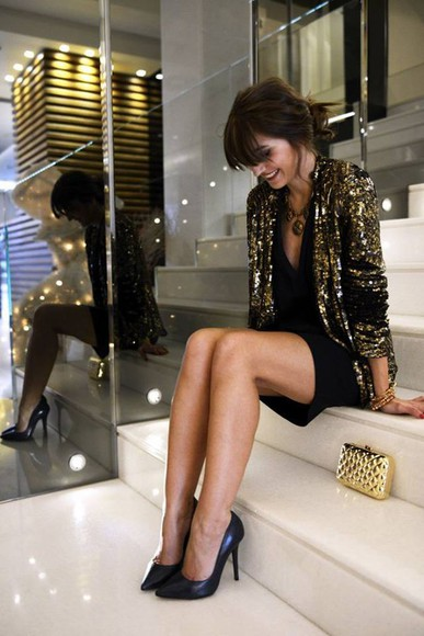 gold party gold sequins jacket nights outfit pailettes clubbing outfits sequins sequin jacket glitter black heels