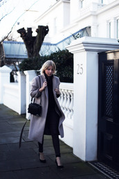 into the fold,coat,sweater,shoes,jeans,bag