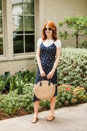 themiddlepage,blogger,dress,t-shirt,shoes,bag,jewels