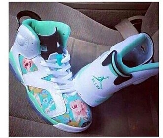 shoes helpplease cuteasfuck hurry up colorful sexy teenagers lifestyle teal white jordans flowers