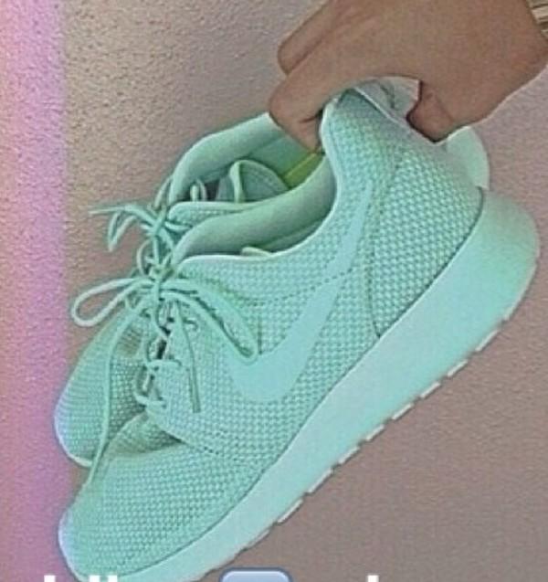 shoes nikes nike roshe run