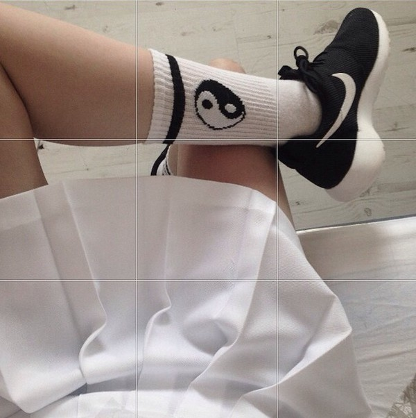 shoes socks cute socks clothes clothes yin yang socks black and white yin yang black n white high socks yimg yang white jewels