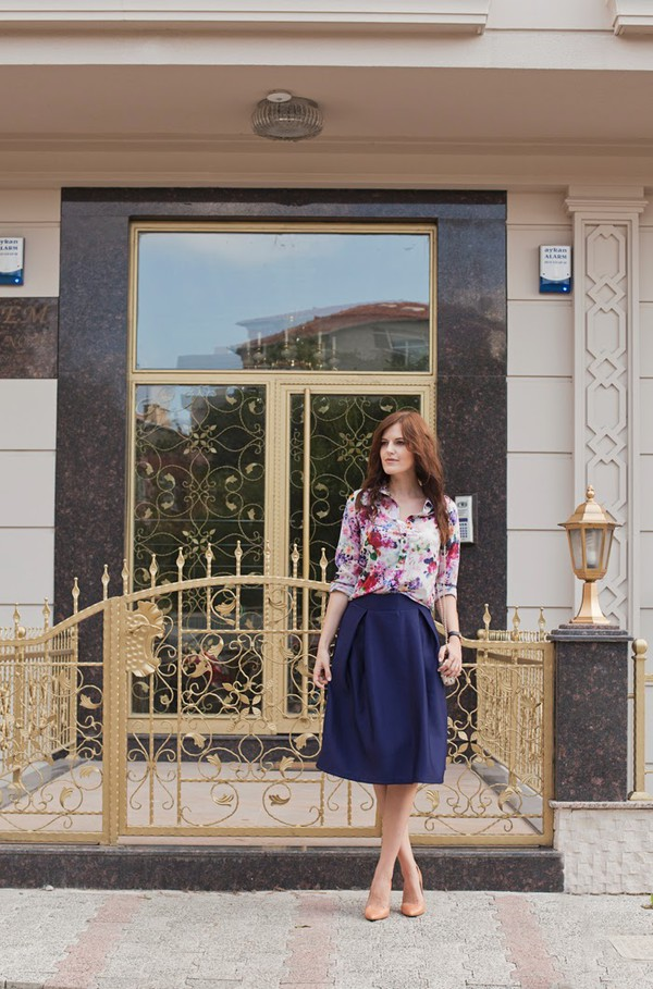the bow-tie blogger blouse skirt bag shoes