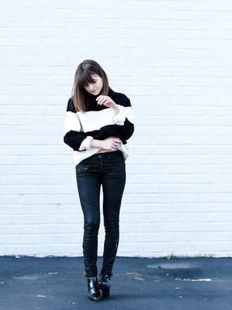 fire on the head blogger skinny pants striped sweater sweater shoes striped turtleneck sweater turtleneck turtleneck sweater pants black pants black boots boots ankle boots fall outfits