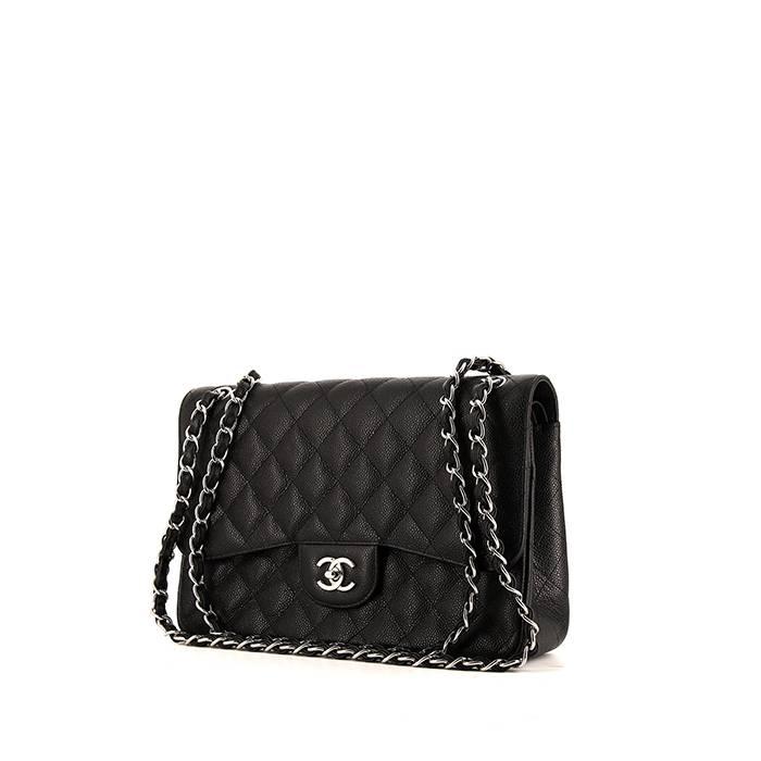 c90101b4aa Sac à main Chanel Timeless jumbo en cuir grainé matelassé noir