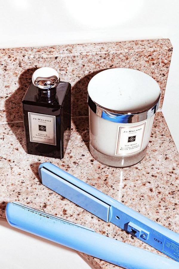 home accessory tumblr candle jo malone flat iron bathroom