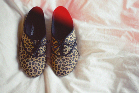 shoes flats leopard print loafers