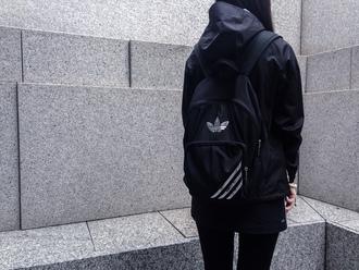 bag adidas silver black backpack jacket tumblr grunge pale gray pls help me guys