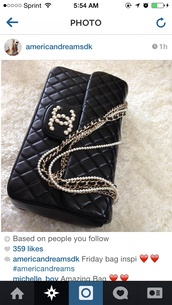 bag,chanel bag,black,gorgeous,sleek,stylish