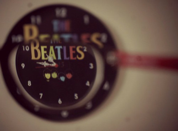 jewels clock the beatles rock sixties 60