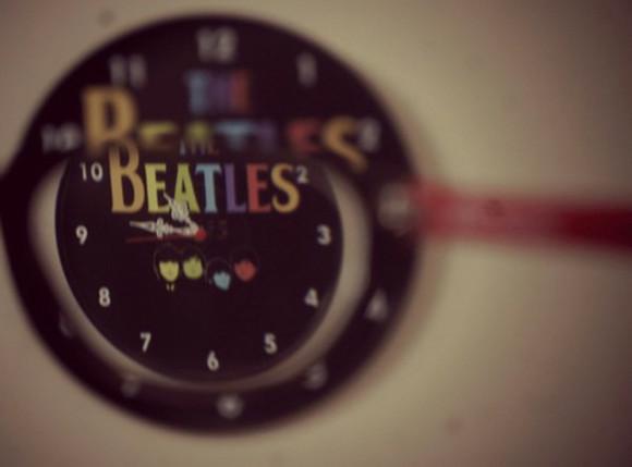 jewels clock the beatles rock sixties 60