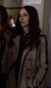 pretty little liars,spencer hastings,trench coat