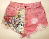 pink shorts,flowered shorts,ripped shorts,denim shorts,shorts,High waisted shorts,denim,denim vintage,coral,coral shorts,flower vintage,flower shorts,flower coral,ripped denim,hot pants,hipster,flowers