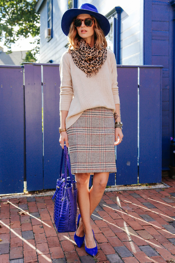 prosecco and plaid blogger bag jewels scarf