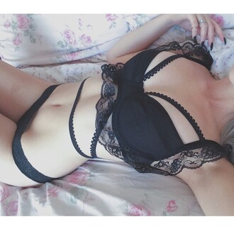 t-shirt bra underwear sexy lingerie strappy bra pretty black
