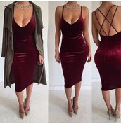 dress,outfit,outfit idea,cute outfits,summer outfits,spring outfits,date outfit,party outfits,trendy,clothes,fashion,stylish,style,clubwear,club dress,special occasion dress,sexy party dresses,burgundy dress,velvet dress,cute dress,sexy dress,long dress,summer dress,party dress,statement necklace,necklace,trench coat,coat,winter coat,long coat,fall coat,long sleeves,nude pumps,nude shoes,shoes,sexy shoes,party shoes,summer shoes,cute shoes,heels,high heels,nude heels,cute high heels,nude high heels,pumps,high heel pumps