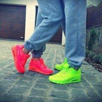 shoes yellow fluo airmaxhyperfuse pink fluo air max nike air nike shoes