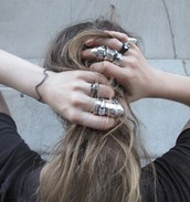 jewels,silver,soft grunge,grunge jewelry,jewelry,frantic jewelry,armor ring