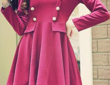 Pretty autumn flattering dress, win..