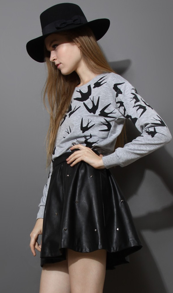 Grey Long Sleeve Swallow Print Loose Sweatshirt - Sheinside.com
