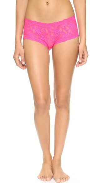 shorts lace pink