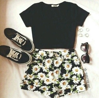 shorts high waisted shorts sunflower printed pants cut off shorts cute girly
