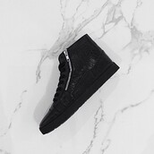 shoes,black,kanye west,mens shoes,menswear