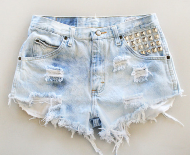 Gap Denim Super High Waisted Denim distress Shorts, with spikes/ studs on the sides,5 Pocket size 9/10, inseam 2