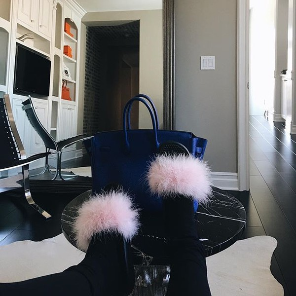 Shoes Pink Sandals Nike Black Fluffy Kylie Jenner