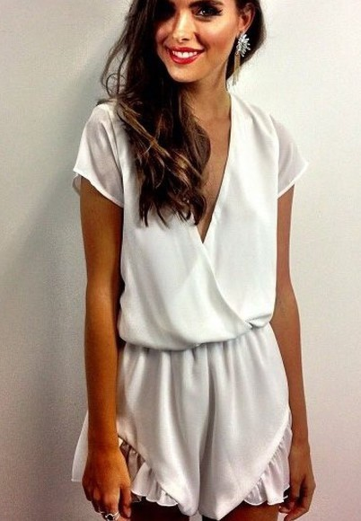 round sunglasses white romper playsuit