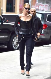 top,bustier,pants,all black everything,streetstyle,ny fashion week 2018,rosie huntington-whiteley,pumps,sunglasses,model off-duty,shoes