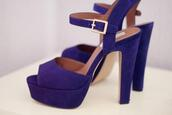 shoes,high heels,royal blue,blue,like,fab,glamour,heels,blue high heels,cool,classy,girly,gold