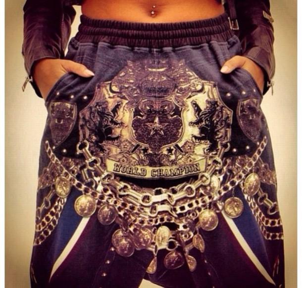 pants baggy pants rihanna cool lion king lion pia mia perez