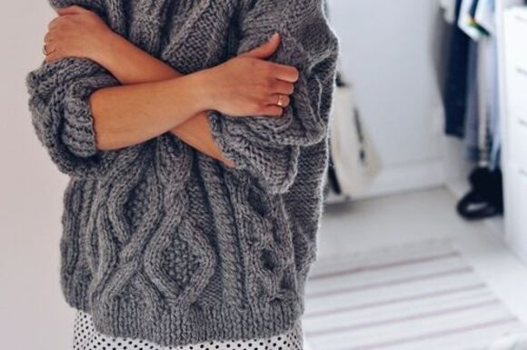 sweater grey sweater winter/autumn winter outfits big cozy grey knitted sweater