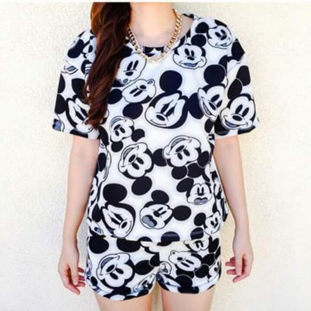46c5cd05438758 t-shirt, classic, clothes, mickey mouse shirt, white, shorts ...